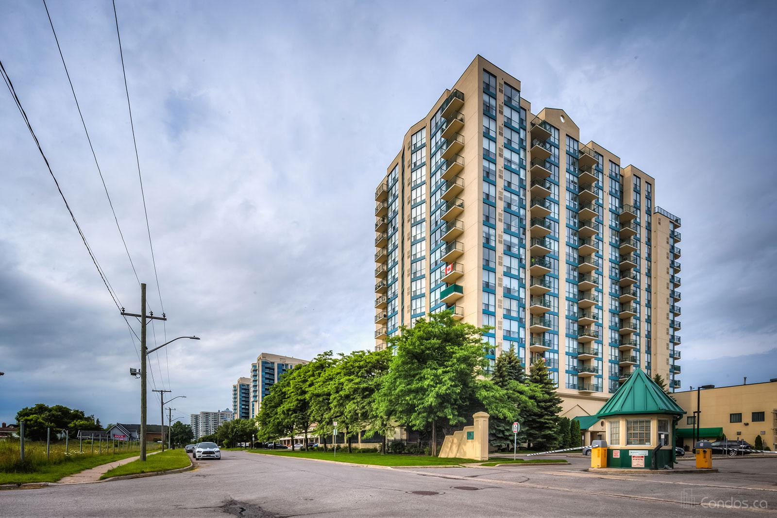 106 Saunders Condos at 106 Saunders Rd, Barrie 0