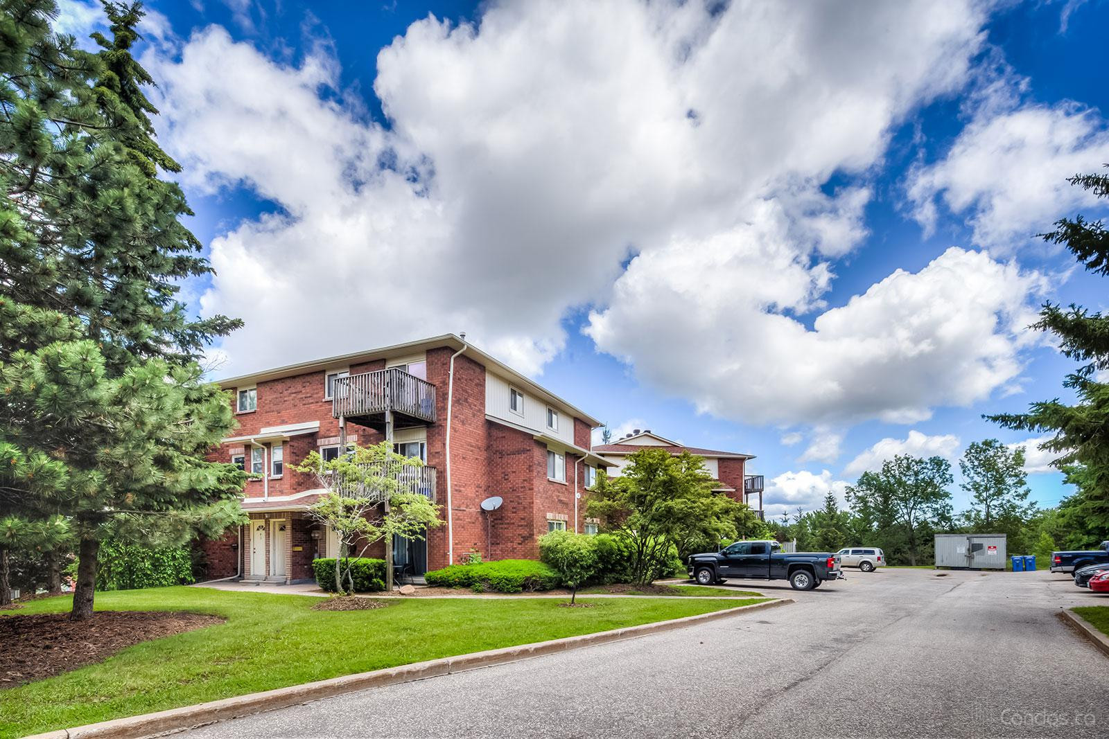 48 Loggers Condos at 48 Loggers Run, Barrie 1