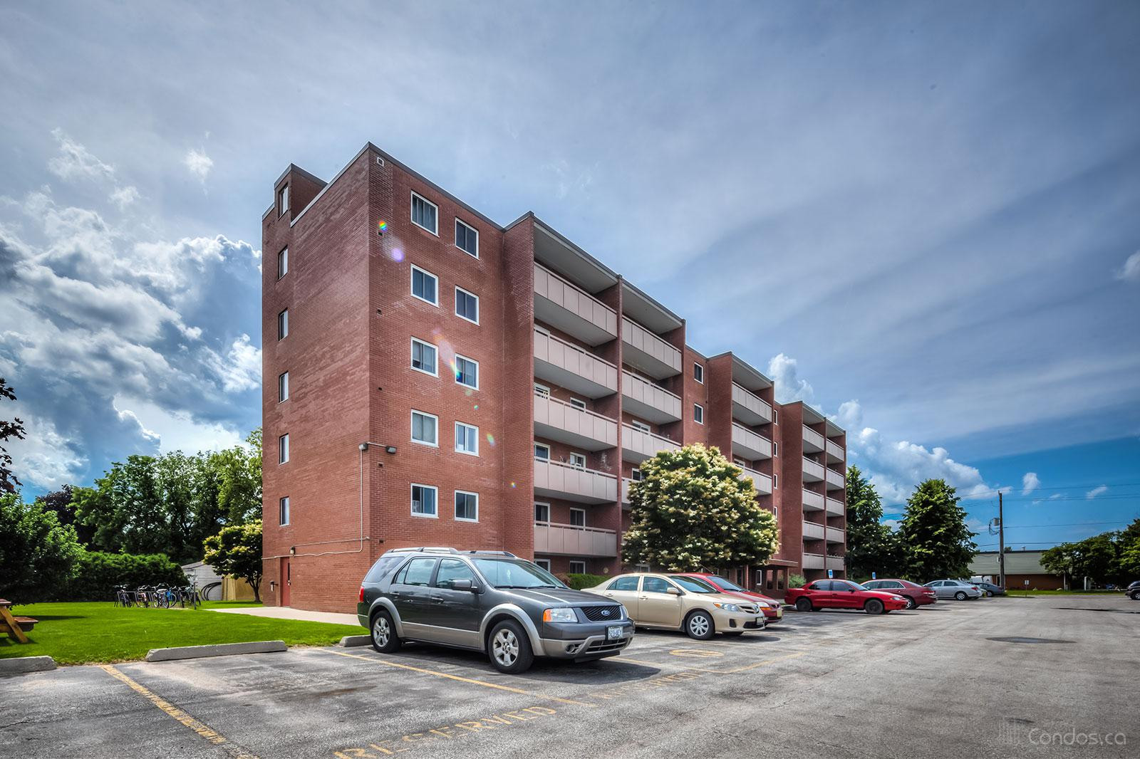 Bayview Terrace at 460 Ontario St, Collingwood 0