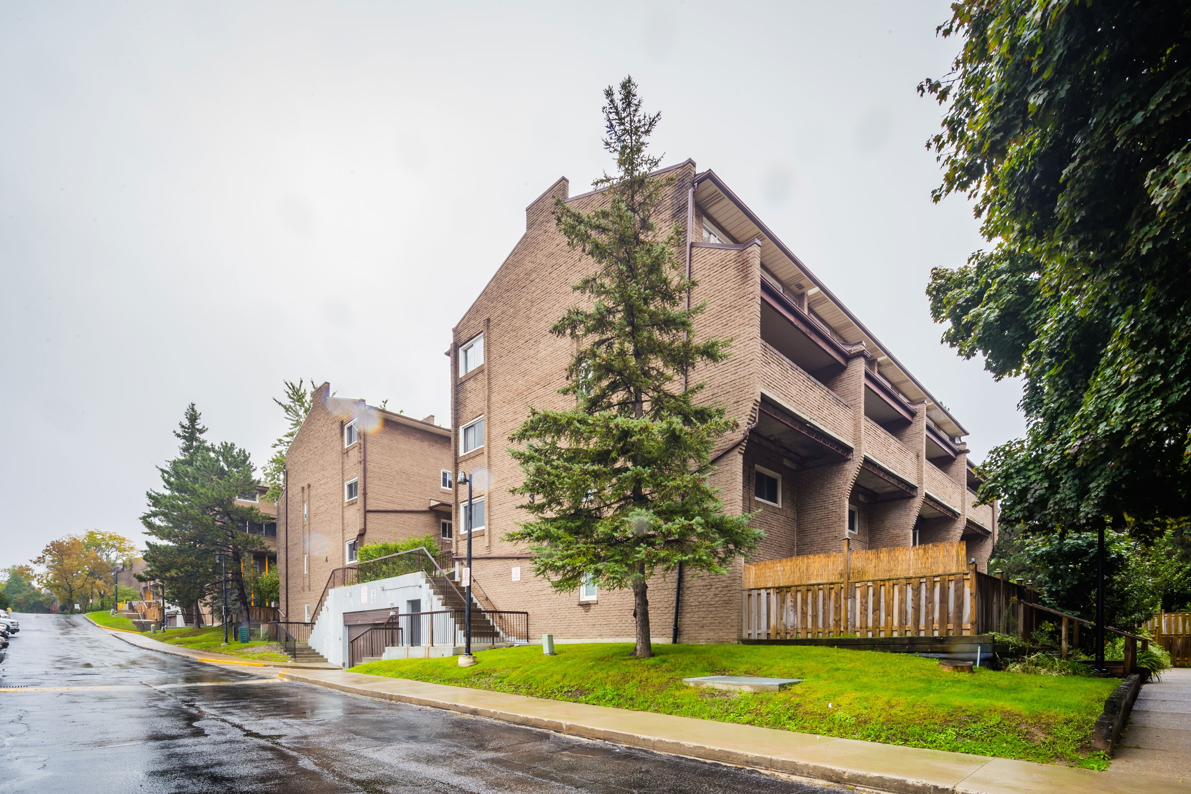 Scarborough Golf Club Road Townhouses at 91 Muir Dr, Toronto 0