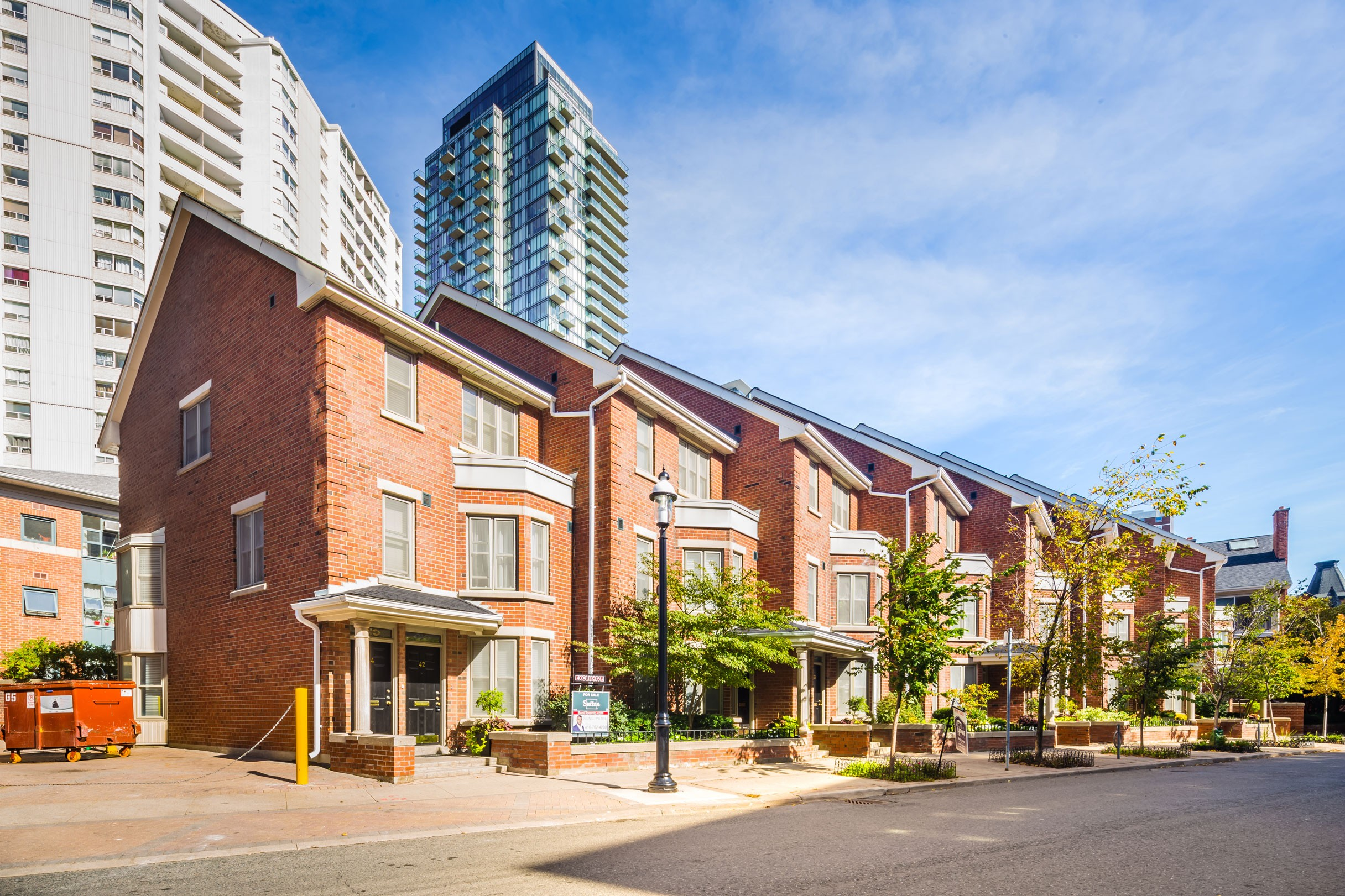 Irwin Avenue Townhouses at 66 St Nicholas St, Toronto 0