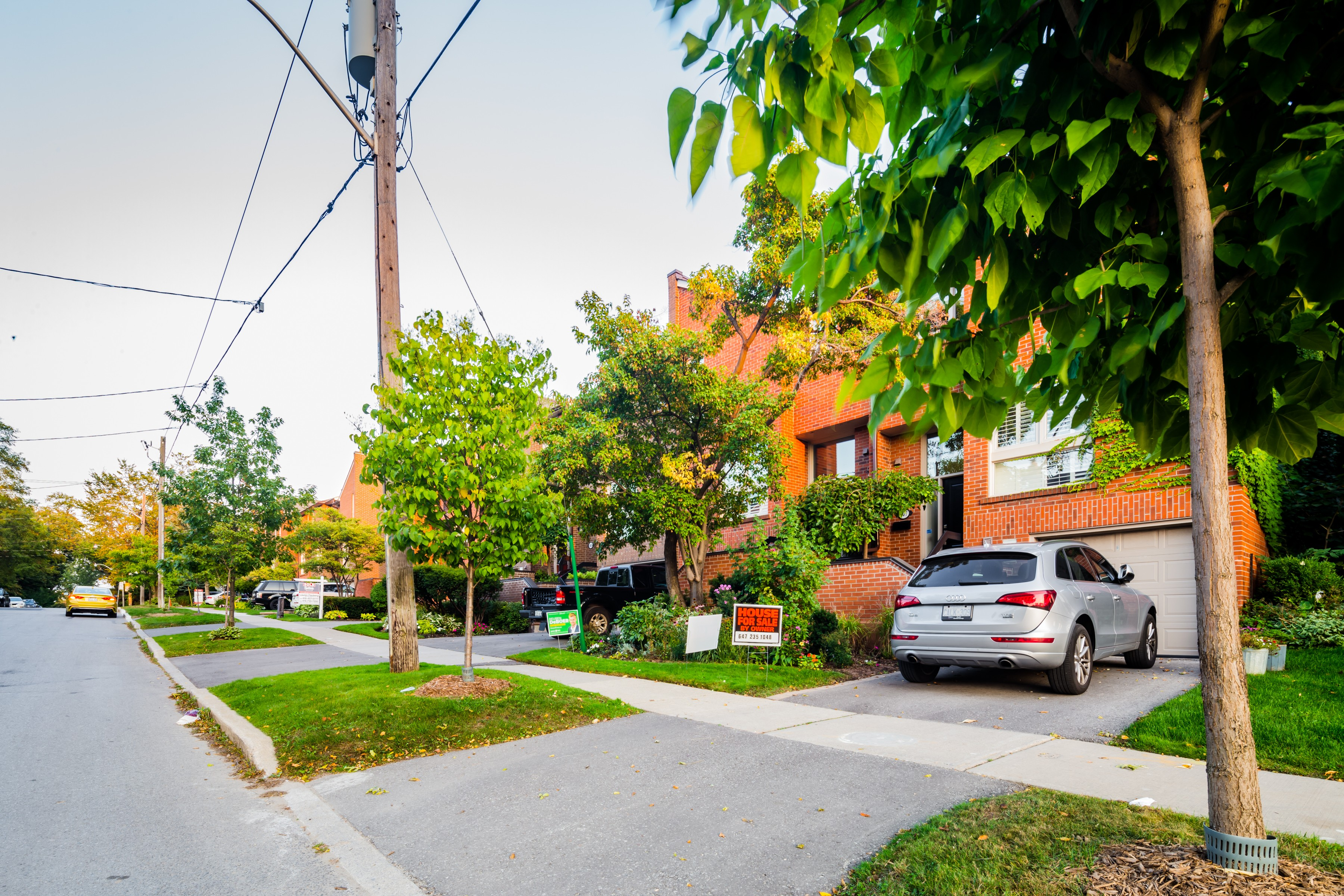 Bedford Glen Townhomes at 397 Woburn Ave, Toronto 1