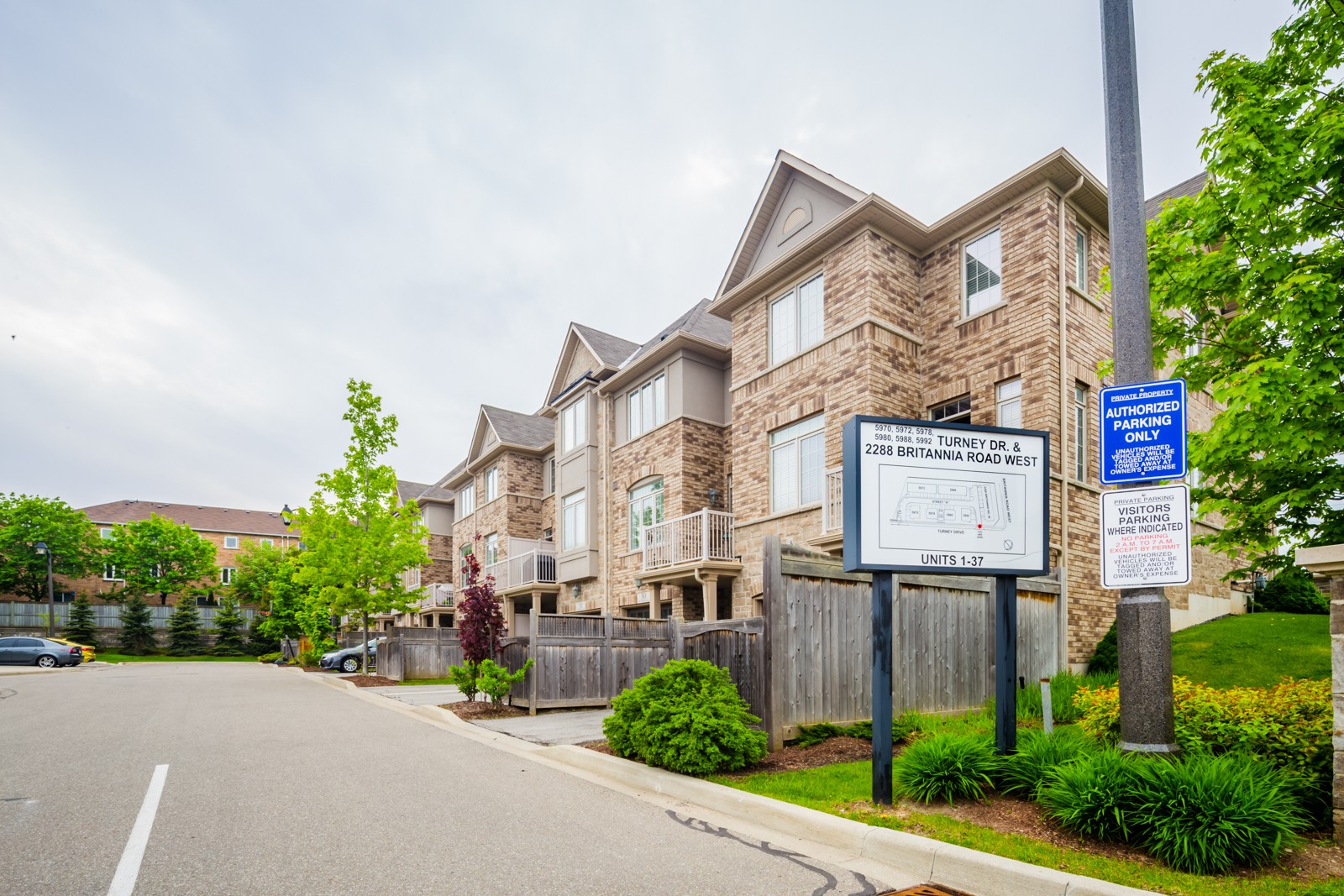 5988 Turney Dr Townhouses at 5988 Turney Dr, Mississauga 0