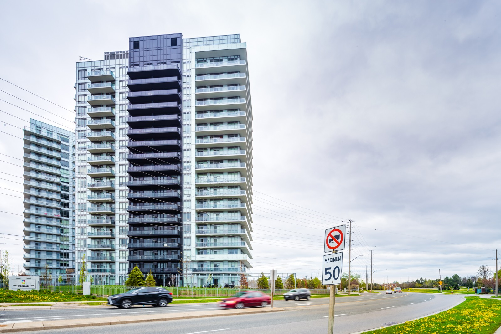 Downtown Erin Mills 2 at 4655 Glen Erin Dr, Mississauga 1