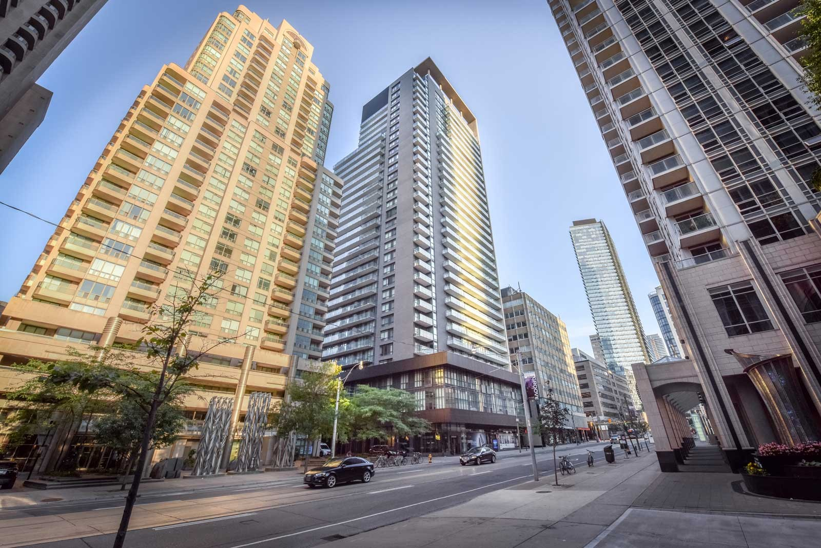 Lumiere Condominiums on Bay at 770 Bay St, Toronto 0