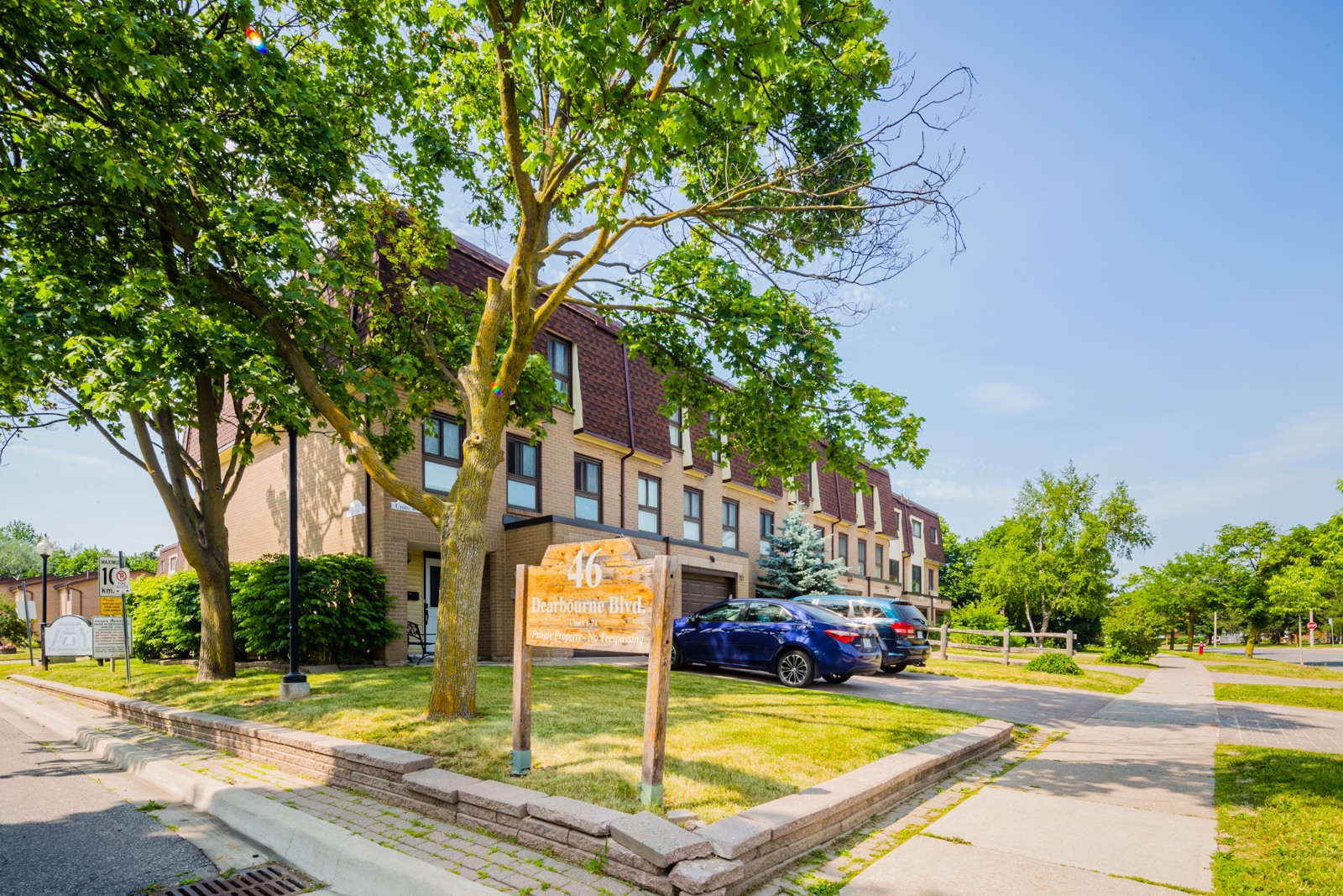46 Dearbourne Townhouses at 46 Dearbourne Blvd, Brampton 0
