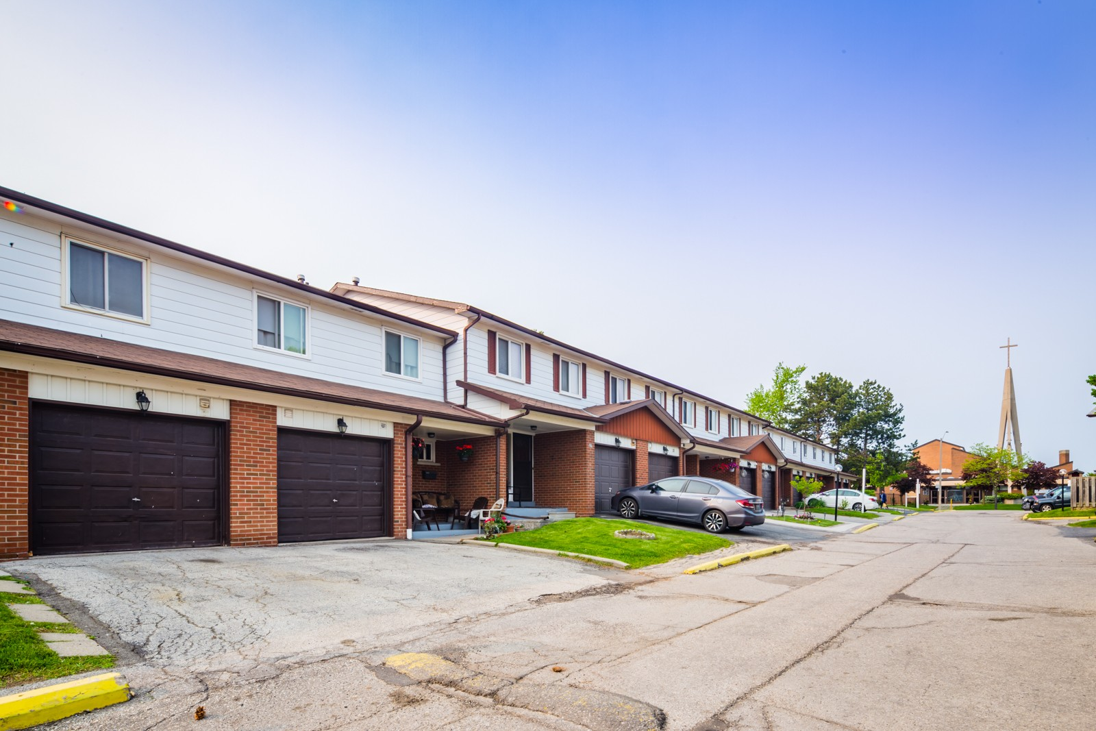 7406 Darcel Avenue Townhouses at 7406 Darcel Ave, Mississauga 1