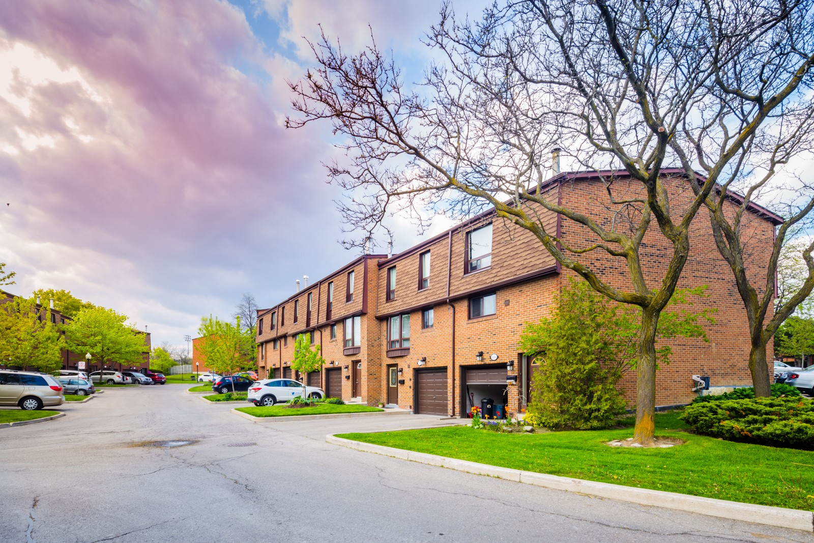 3395 Cliff Road Townhouses at 3395 Cliff Rd N, Mississauga 0