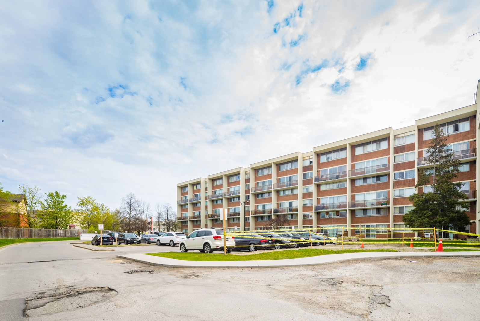 Stainton Drive Condos at 1050 Stainton Dr, Mississauga 1