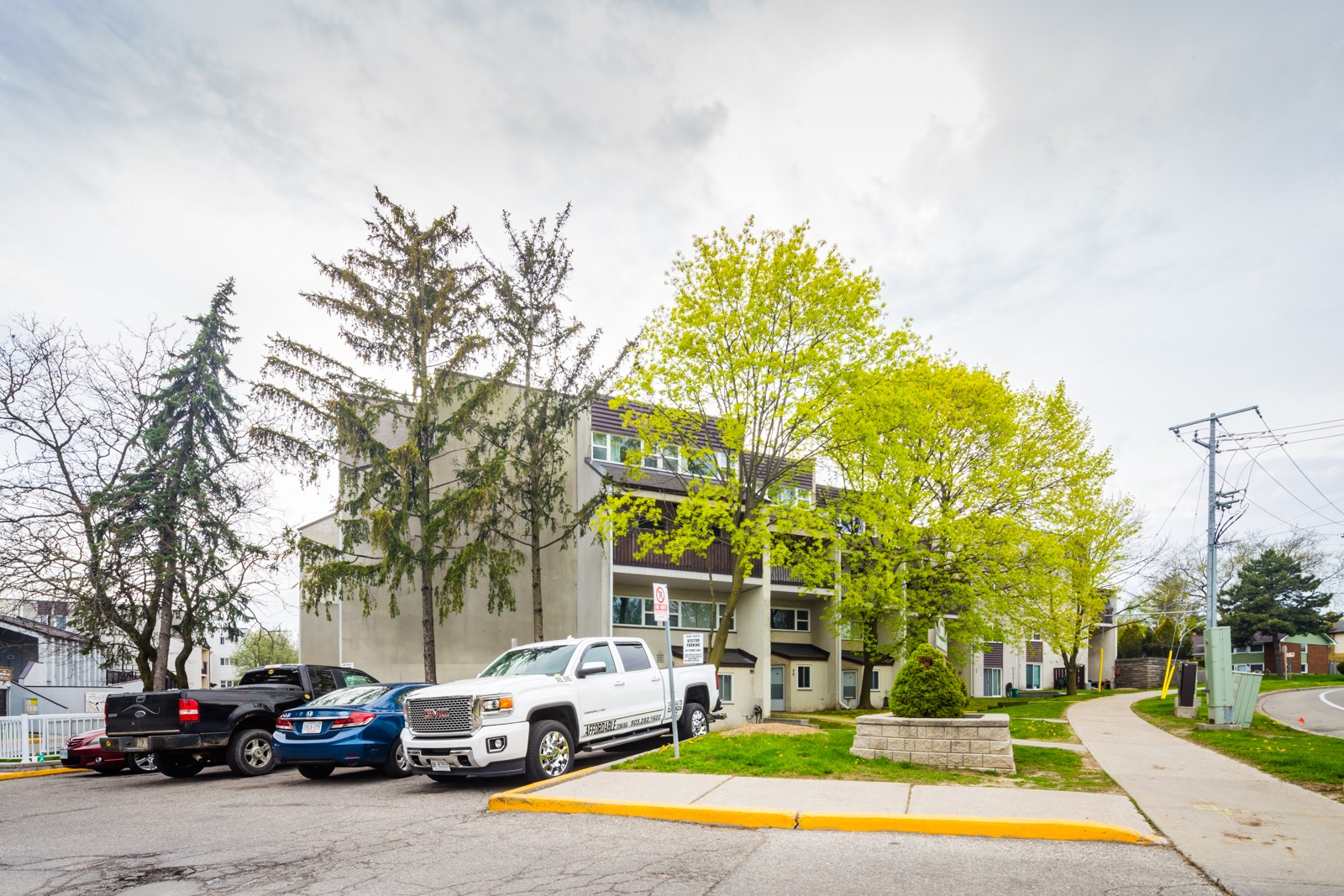 3040-3050 Constitution Boulevard Townhouses at 3040 Constitution Blvd, Mississauga 1