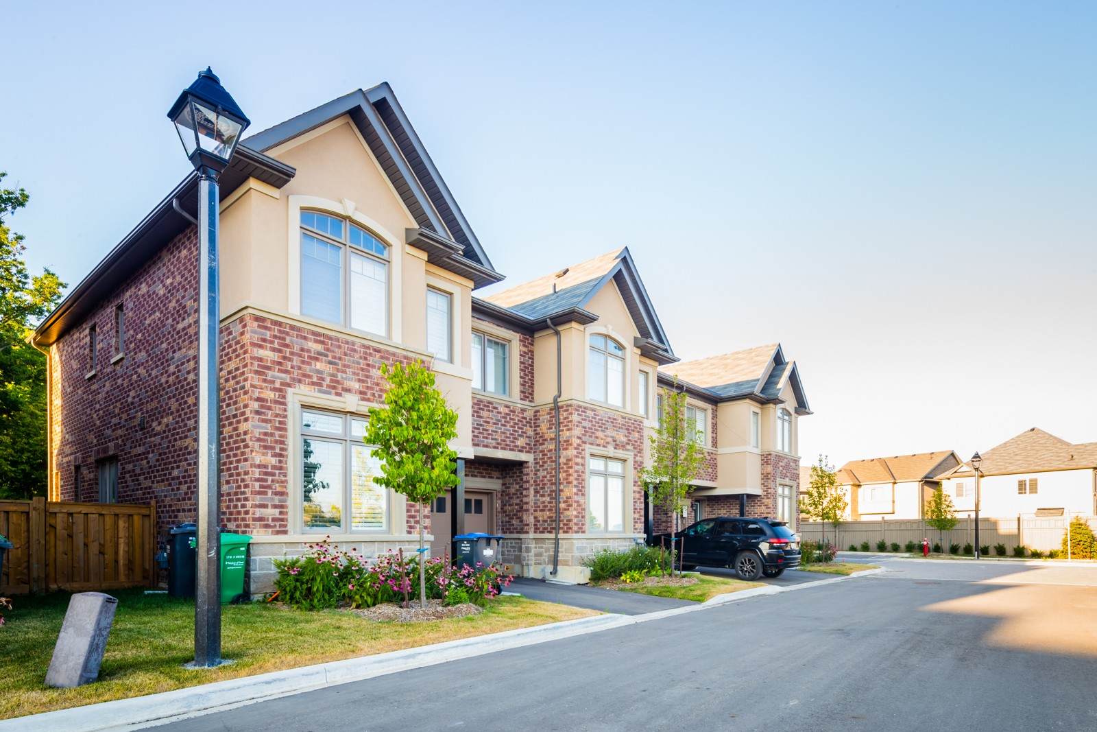 Baronwood Court Townhouses at 30 Baronwood Crt, Brampton 0