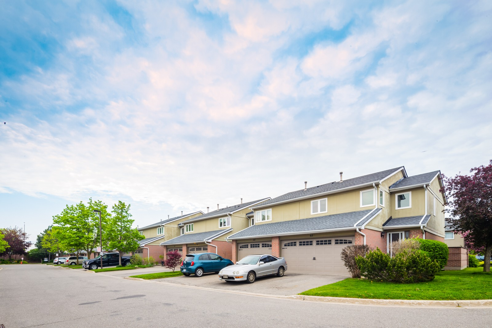 3125 Fifth Line Townhouses at 3125 Fifth Line W, Mississauga 1