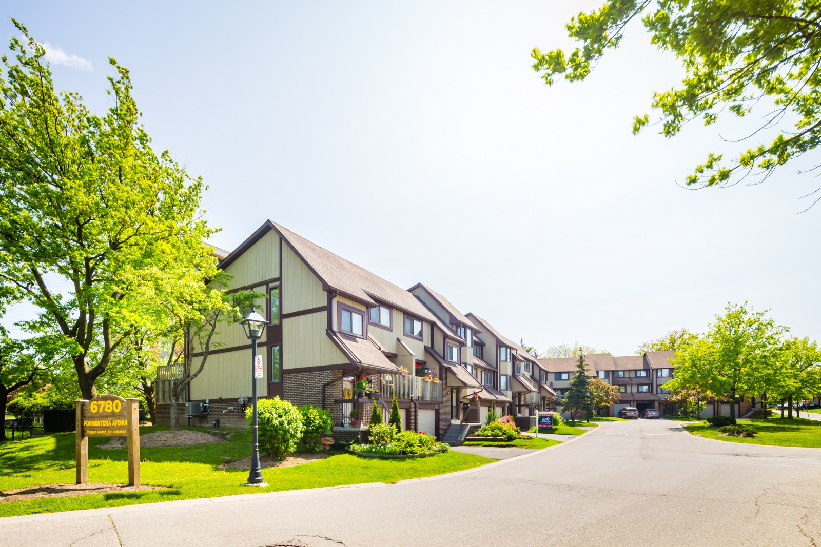 6780 Formentera Avenue Townhouses at 6780 Formentera Ave, Mississauga 0