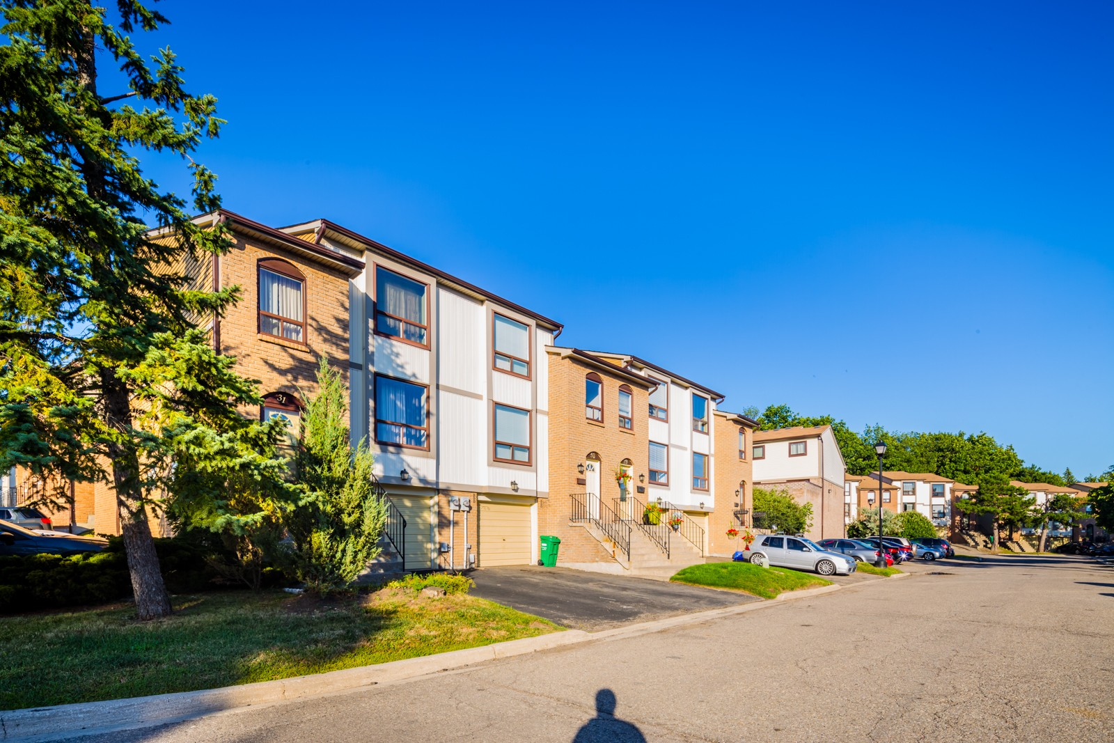22 Mcmullen Crescent Townhouses at 22 McMullen Crescent, Brampton 0
