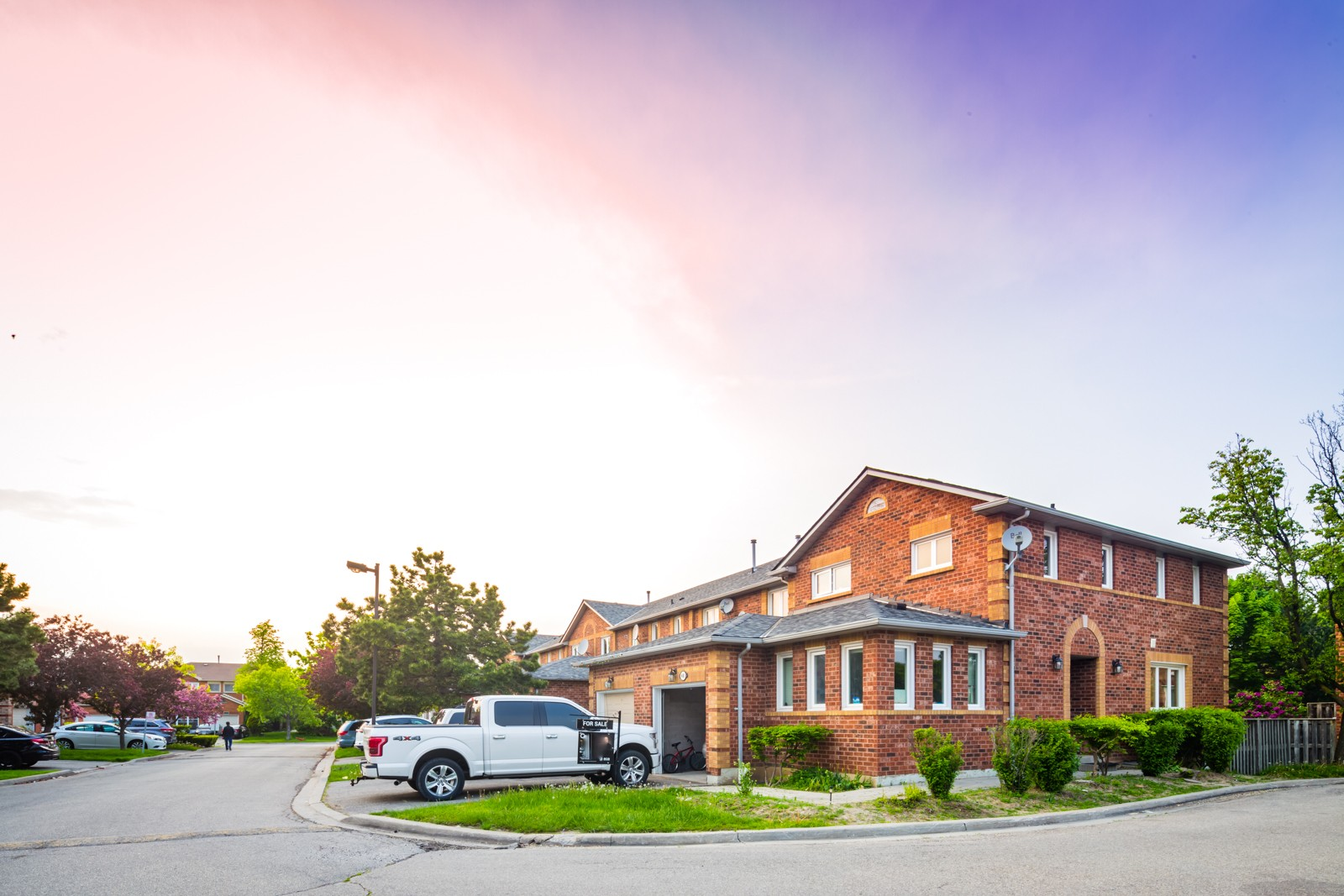 666 Constellation Drive Townhouses at 666 Constellation Dr, Mississauga 1