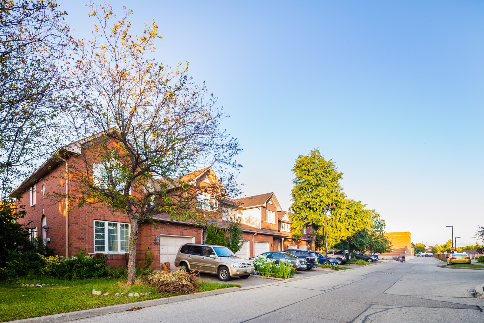 35 Malta Avenue Townhouses at 35 Malta Ave, Brampton 0