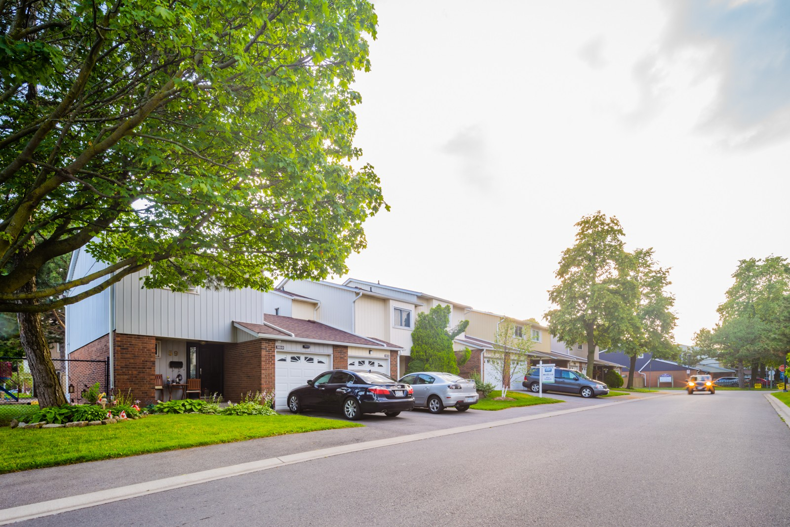 5021 Pinedale Ave Townhouses at 5009 Pinedale Ave, Burlington 0