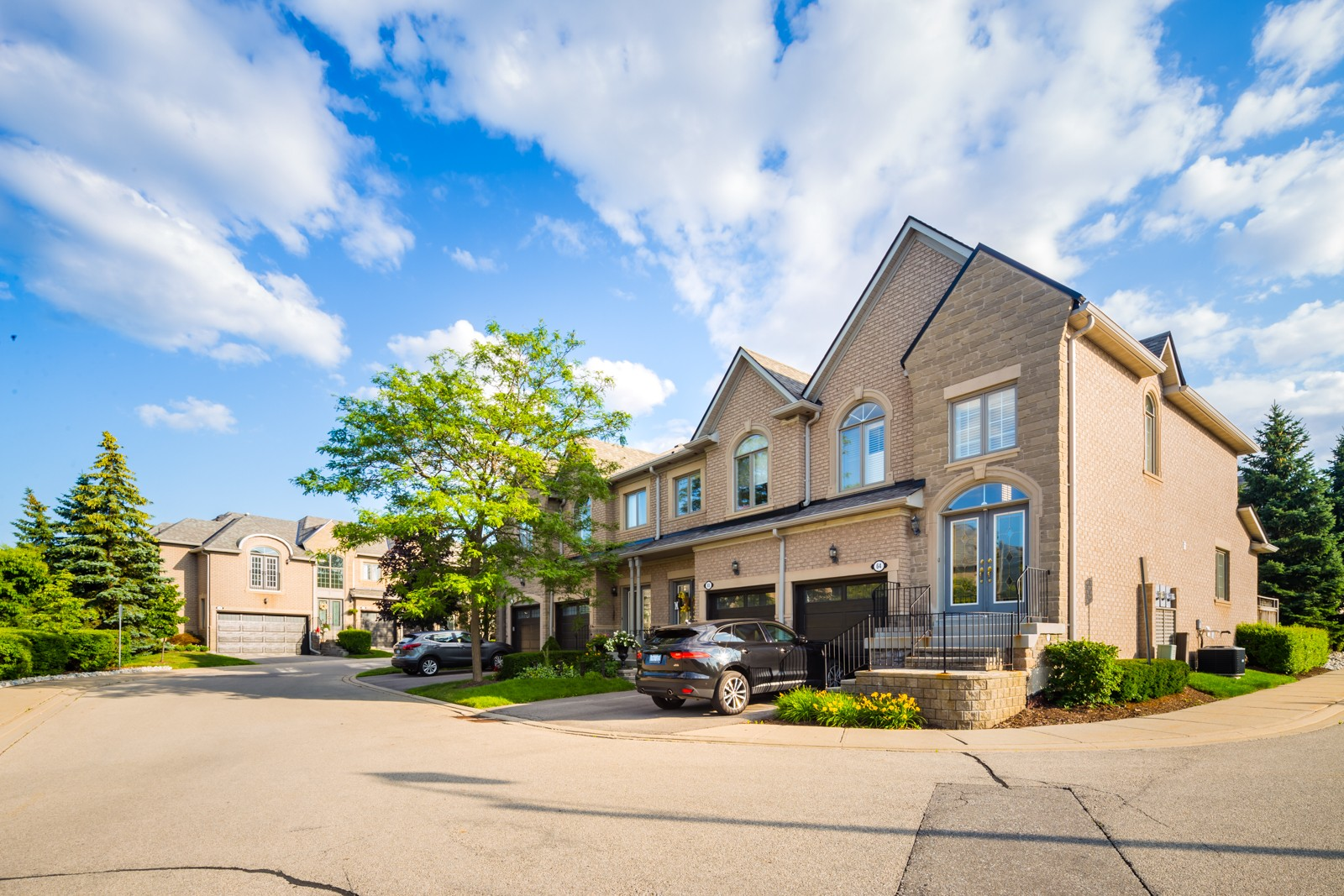 2250 Rockingham Dr Townhouses at 2250 Rockingham Dr, Oakville 0