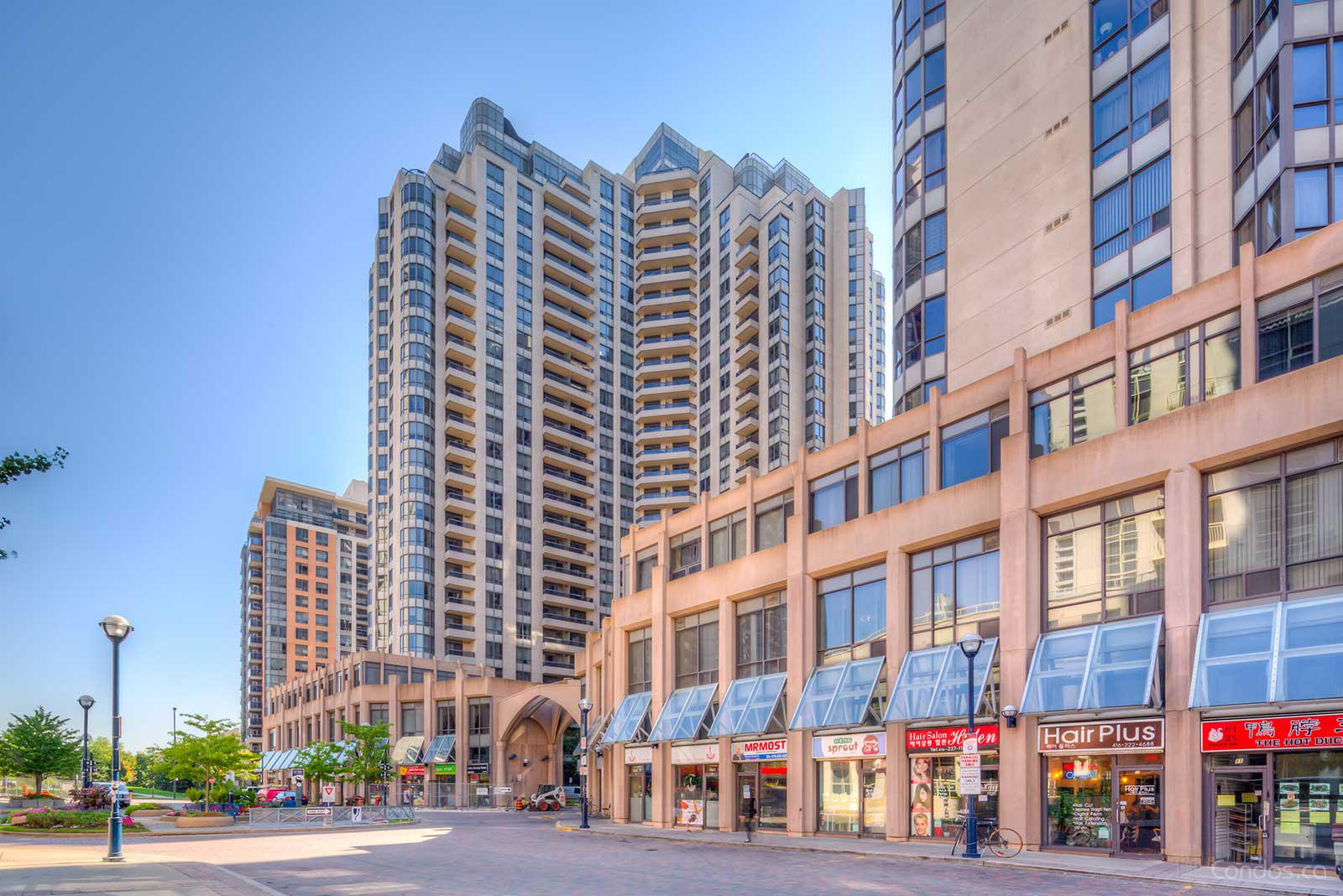 Triomphe-East Tower at 15 Northtown Way, Toronto 0