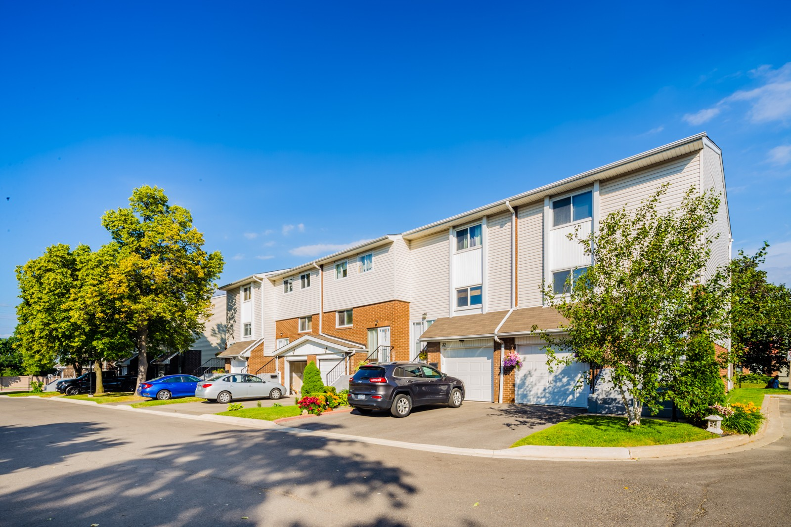 26 Franklin Court Townhouses at 56 Franklin Crt, Brampton 0
