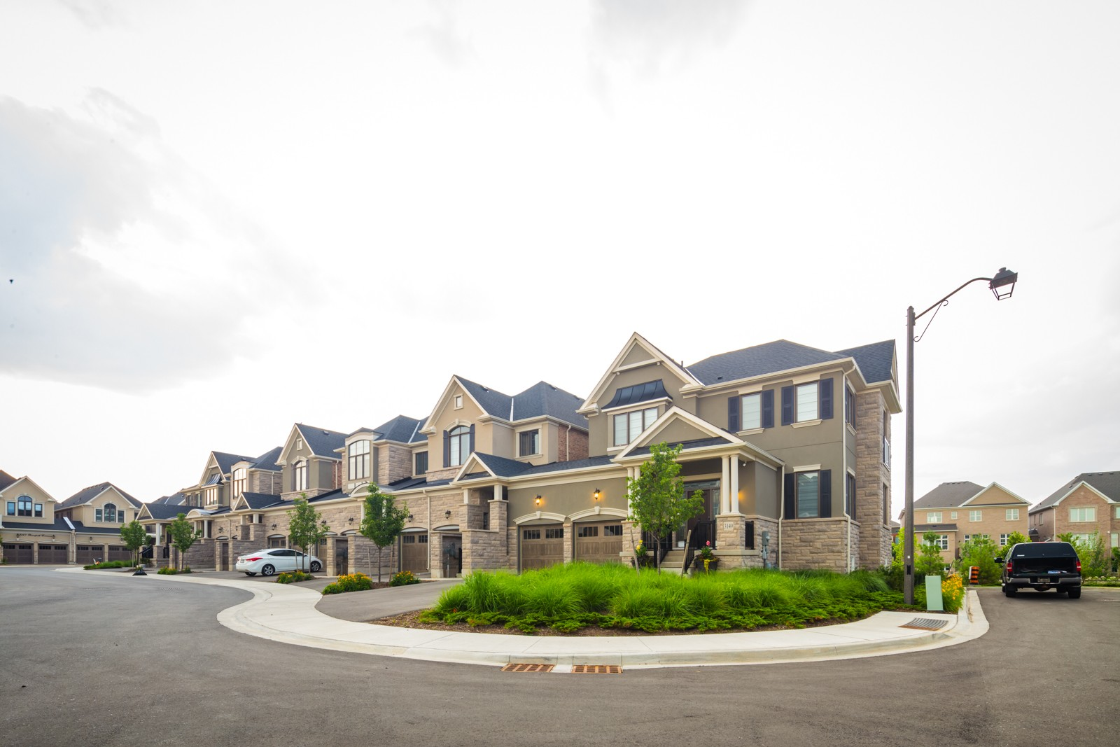 3169 Riverpath Common Townhomes at 3195 Carding Mill Trail, Oakville 0