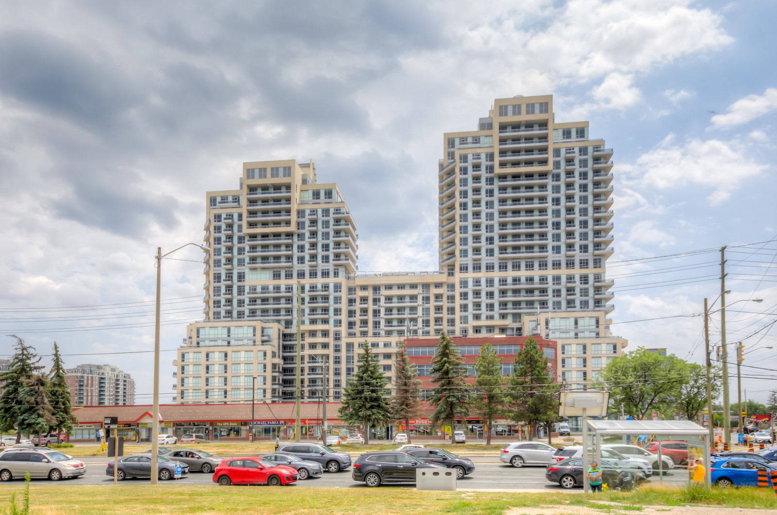 The Beverly Hills at 9201 Yonge St, Richmond Hill 0