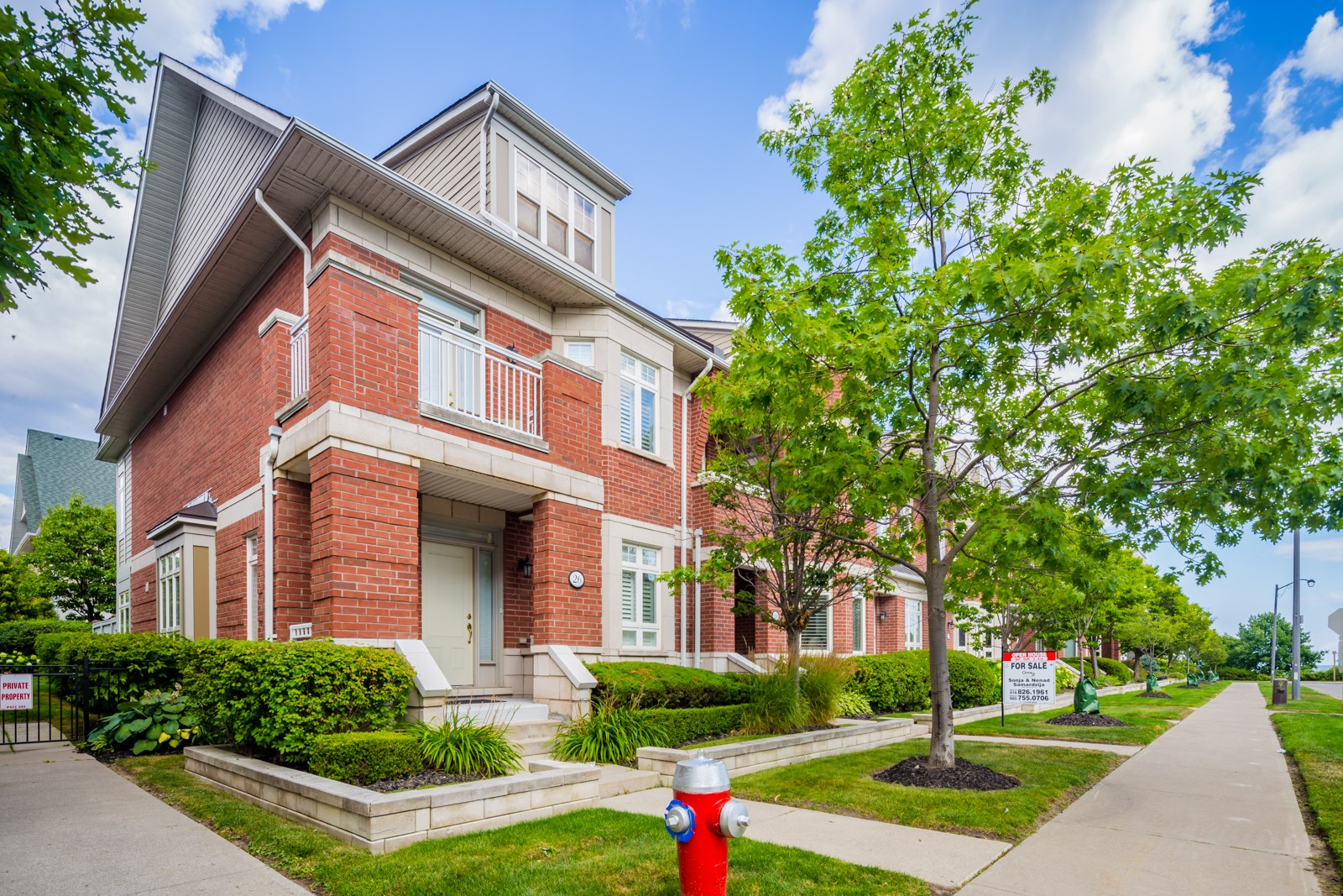 8-76 Lawrence Drive Townhomes at 84 Compass Way, Mississauga 0