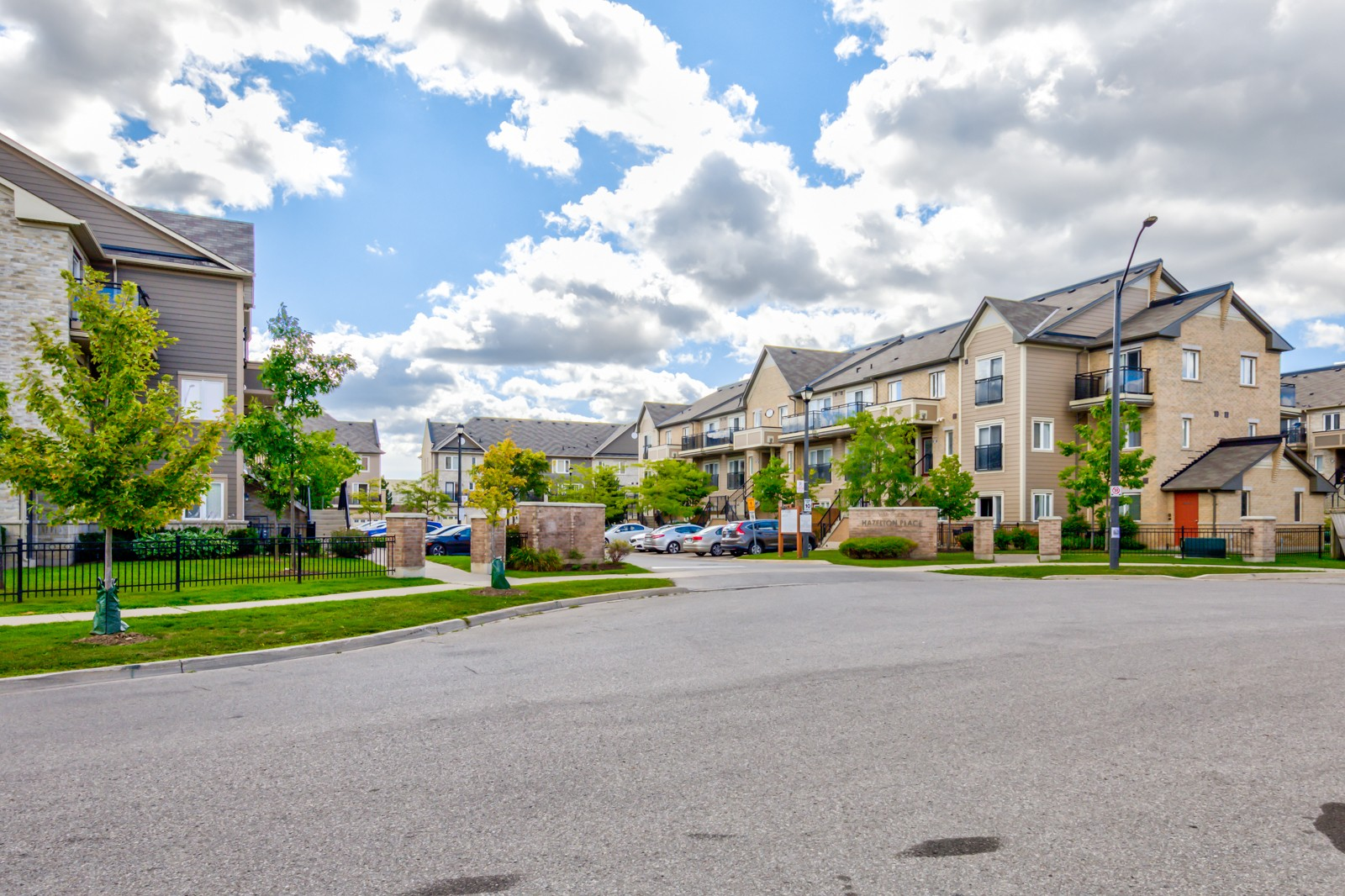 2891 Rio Court Townhomes at 2891 Rio Crt, Mississauga 1