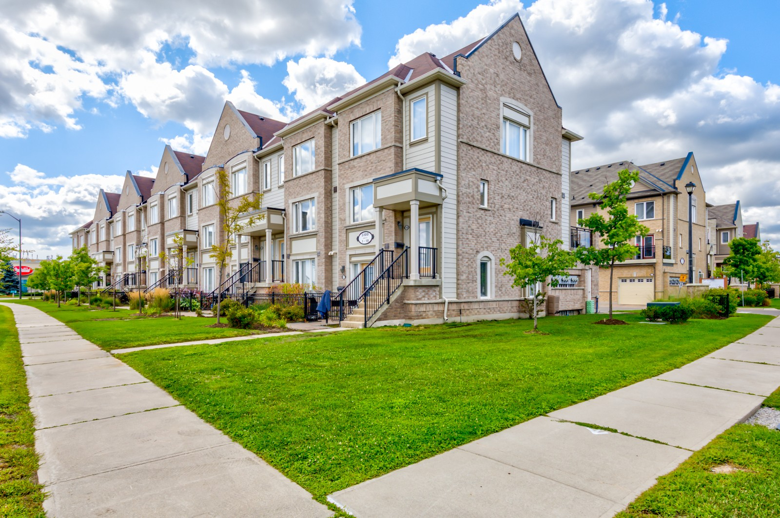 2891 Rio Court Townhomes at 2891 Rio Crt, Mississauga 0