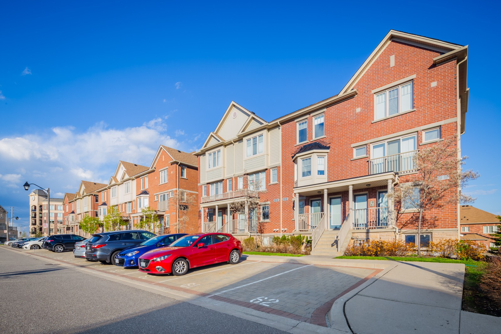 Gardenvillas Three at 5625 Oscar Peterson Blvd, Mississauga 1