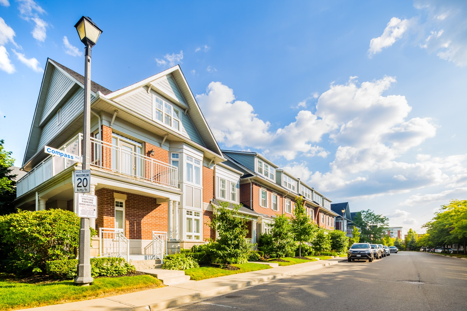 160 Saint Lawrence Drive Townhouses at 160 St Lawrence Dr, Mississauga 1