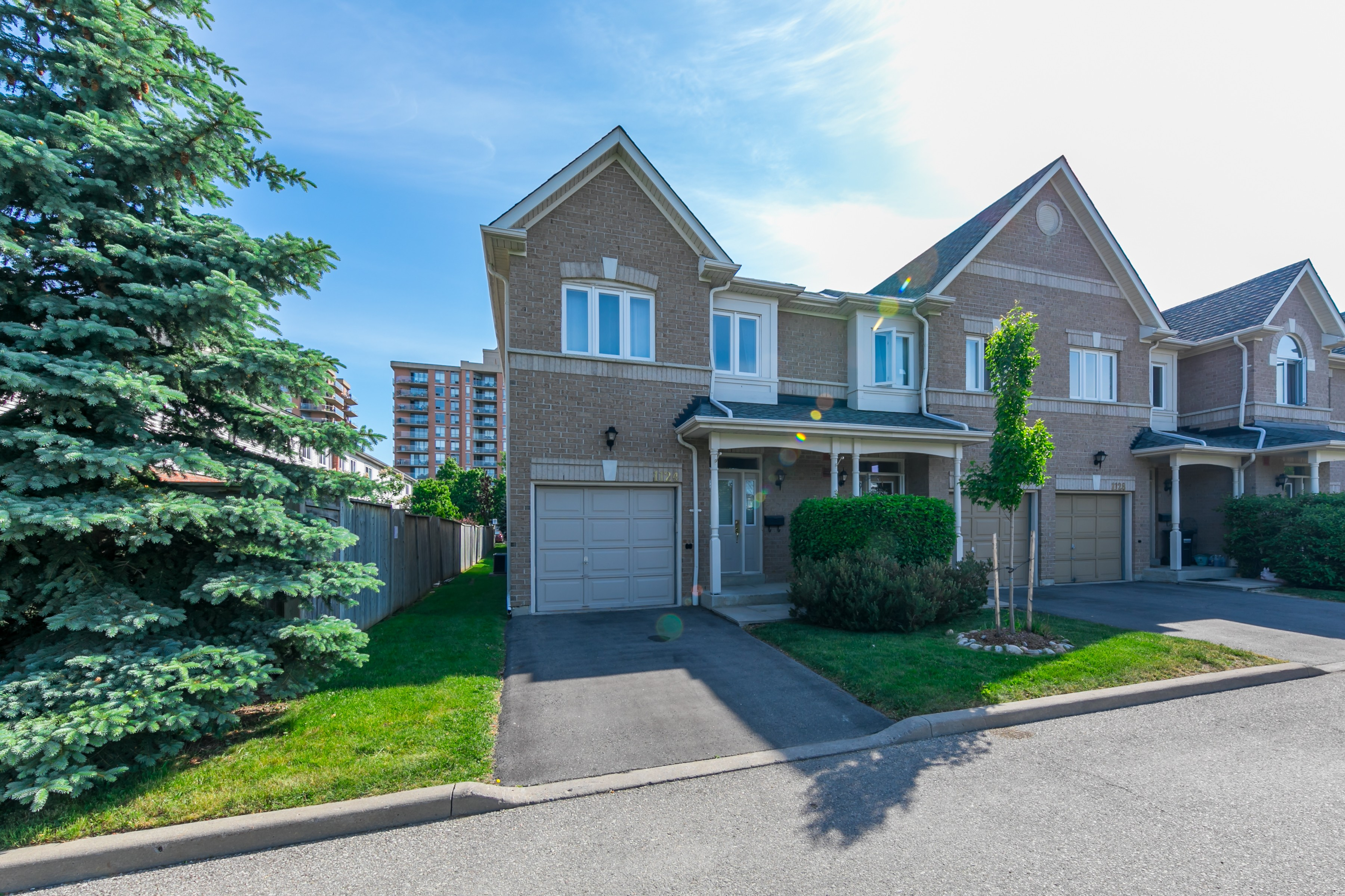 1103 Lower Village Crescent Townhouses at 1183 Lower Village Crescent, Mississauga 1