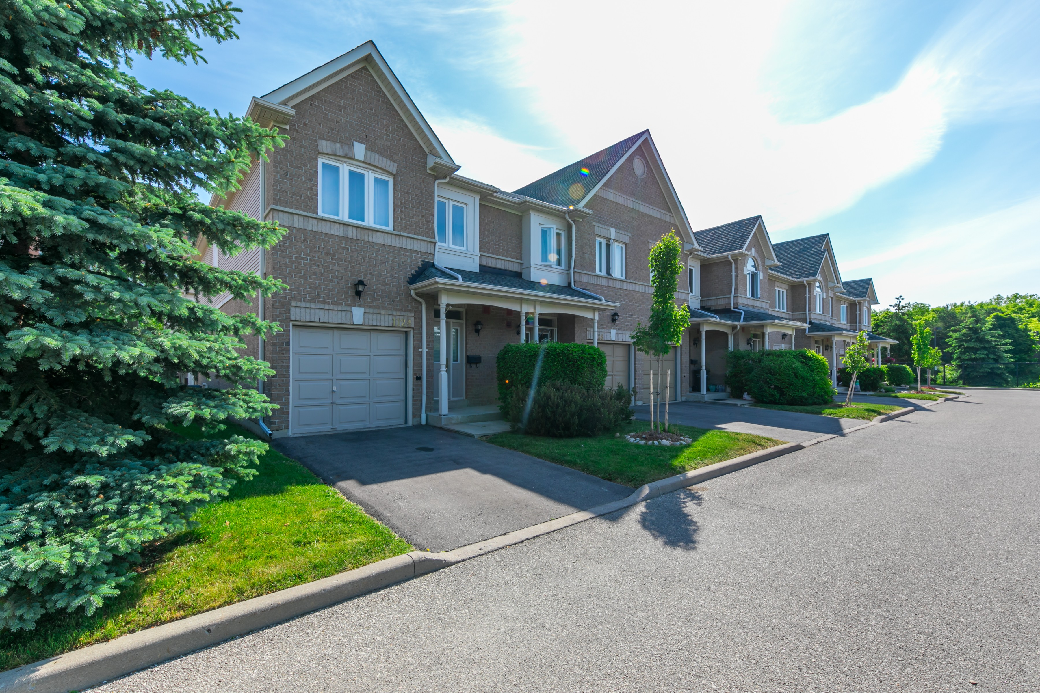 1103 Lower Village Crescent Townhouses at 1183 Lower Village Crescent, Mississauga 0