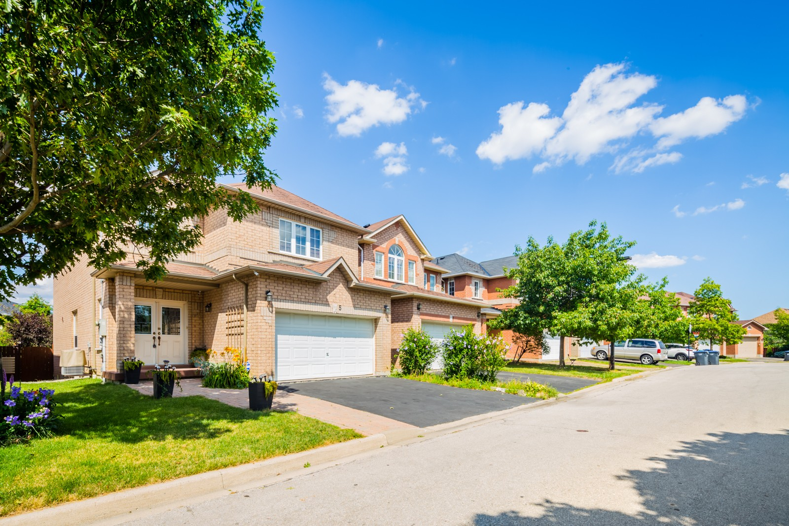 530 Driftcurrent Drive Townhouses at 530 Driftcurrent Dr, Mississauga 0