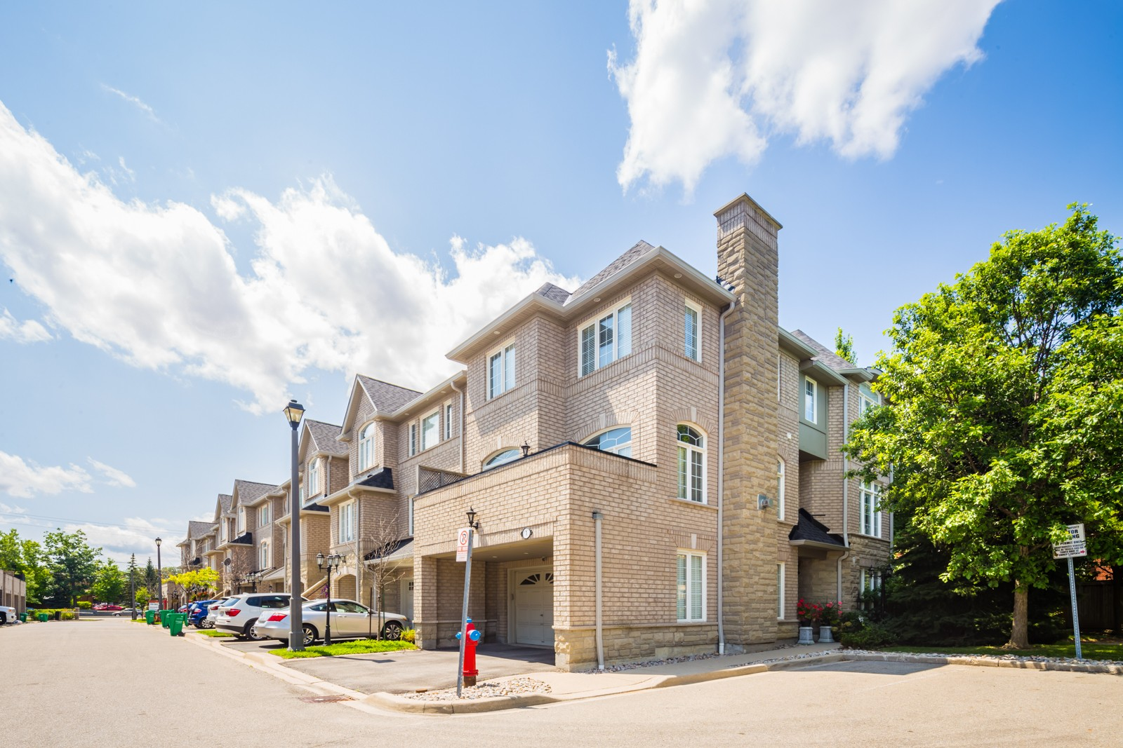 463 Bristol Road Townhouses at 485 Bristol Rd W, Mississauga 0