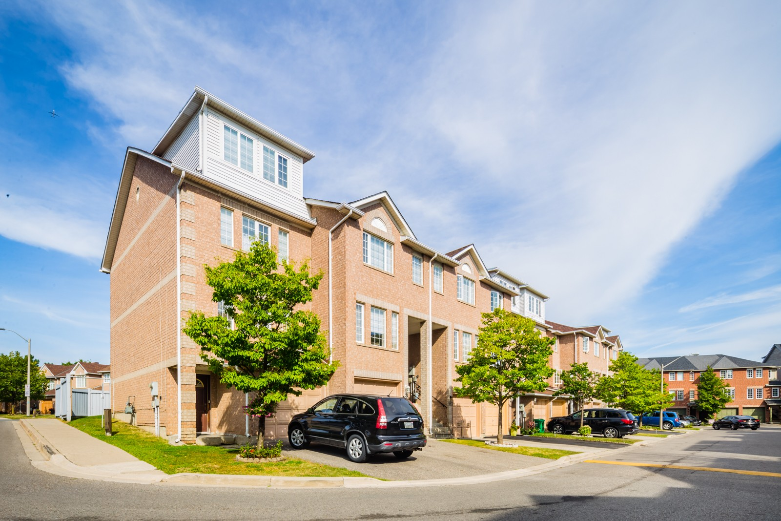 158 Spadina Road Townhouses at 122 Spadina Rd, Brampton 0