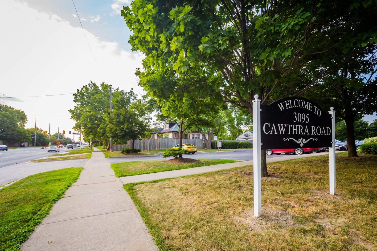 3095 Cawthra Road Townhouses at 3095 Cawthra Rd, Mississauga 1