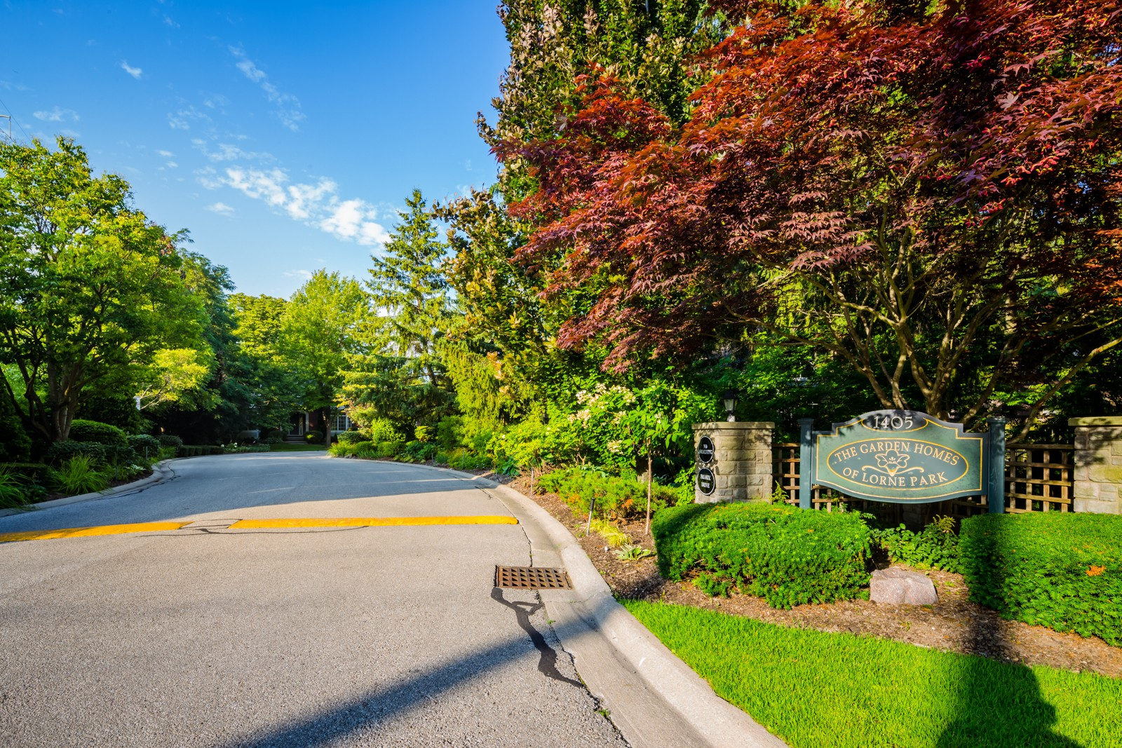 The Garden Homes of Lorne Park at 1405 Lorne Park Rd, Mississauga 0