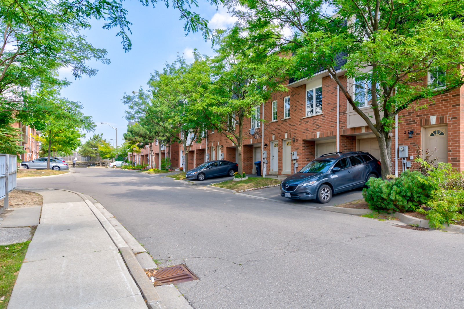 4991 Rathkeale Road Townhouses at 4991 Rathkeale Rd, Mississauga 0