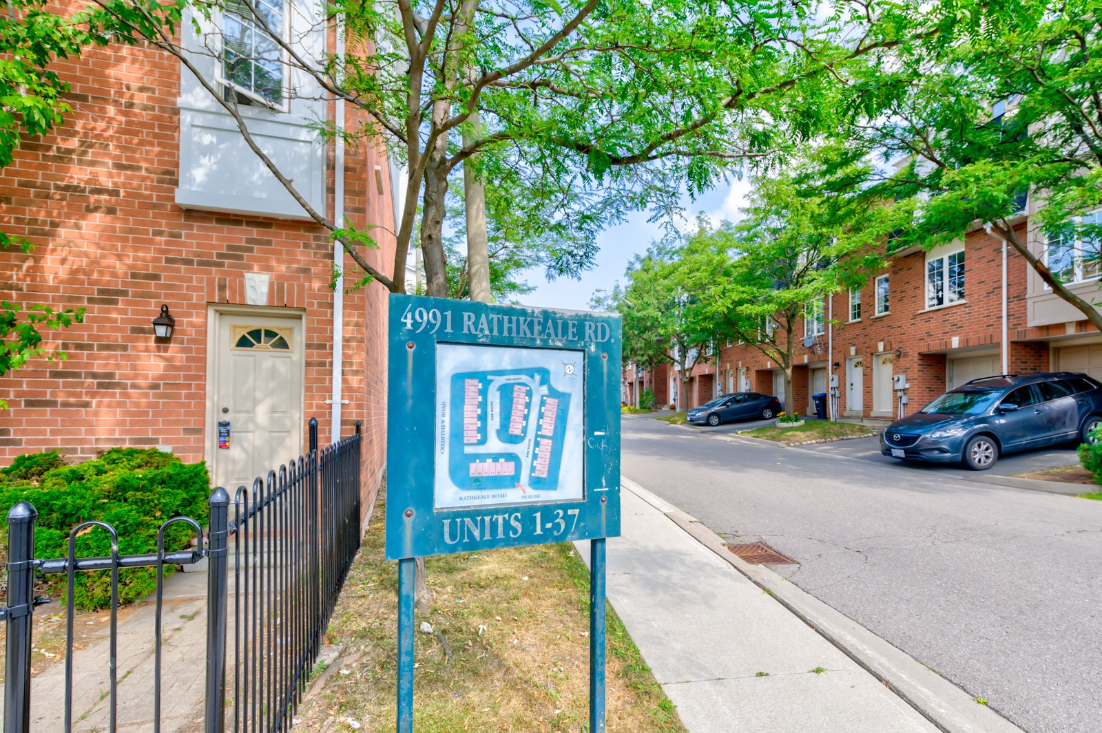 4991 Rathkeale Road Townhouses at 4991 Rathkeale Rd, Mississauga 1