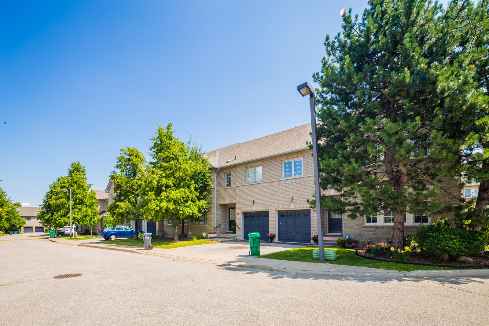 450 Bristol Road East Townhouses at 450 Bristol Rd E, Mississauga 1