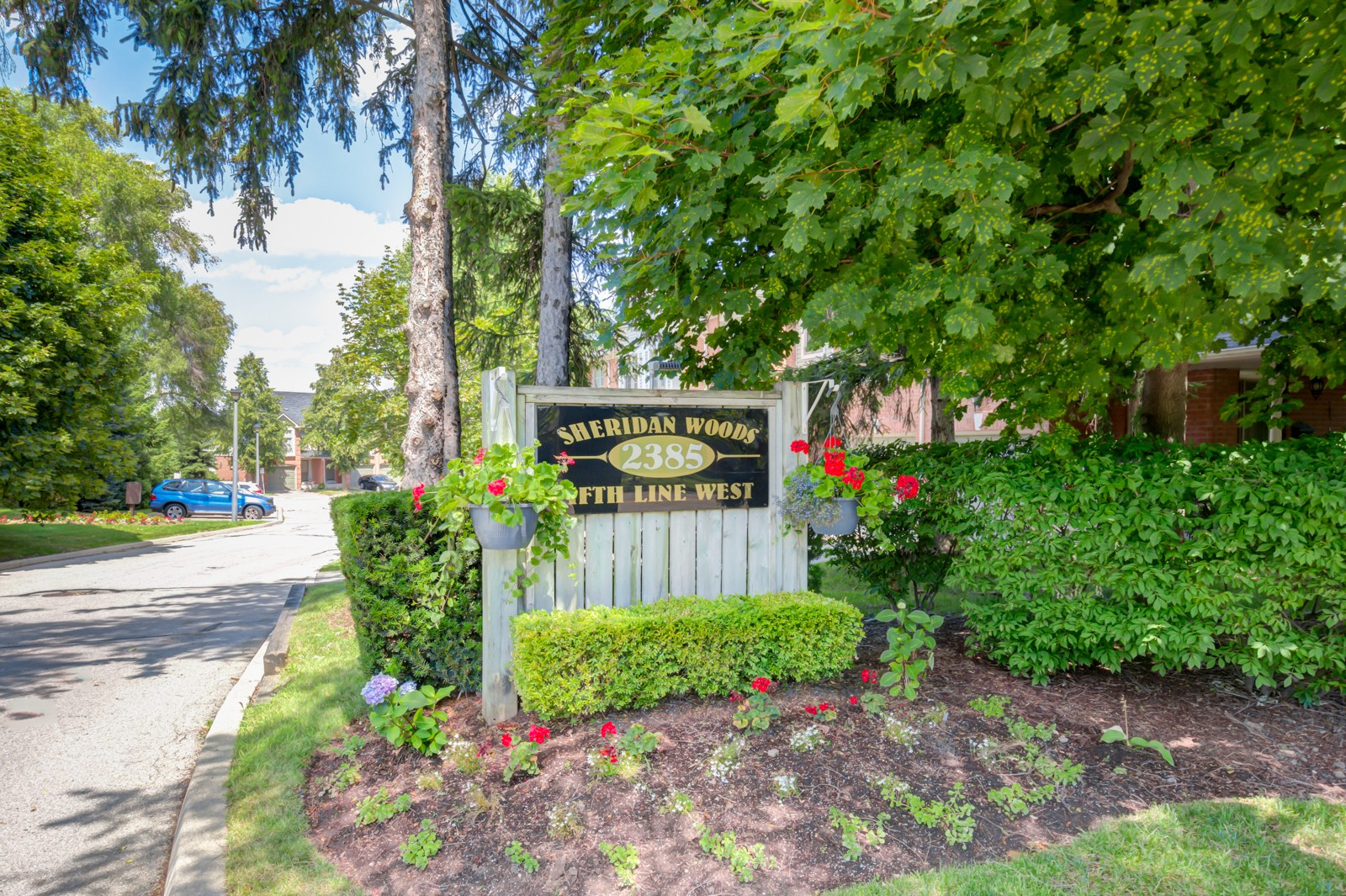 Sheridan Woods at 2385 Fifth Line W, Mississauga 0