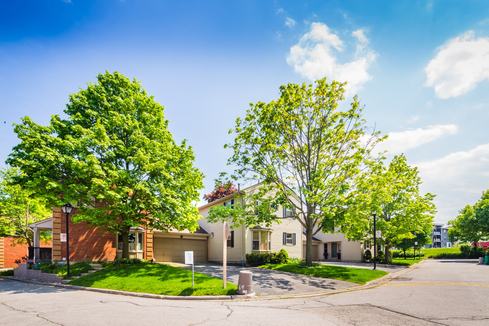 3265 South Millway Townhouses at 3265 South Millway, Mississauga 1