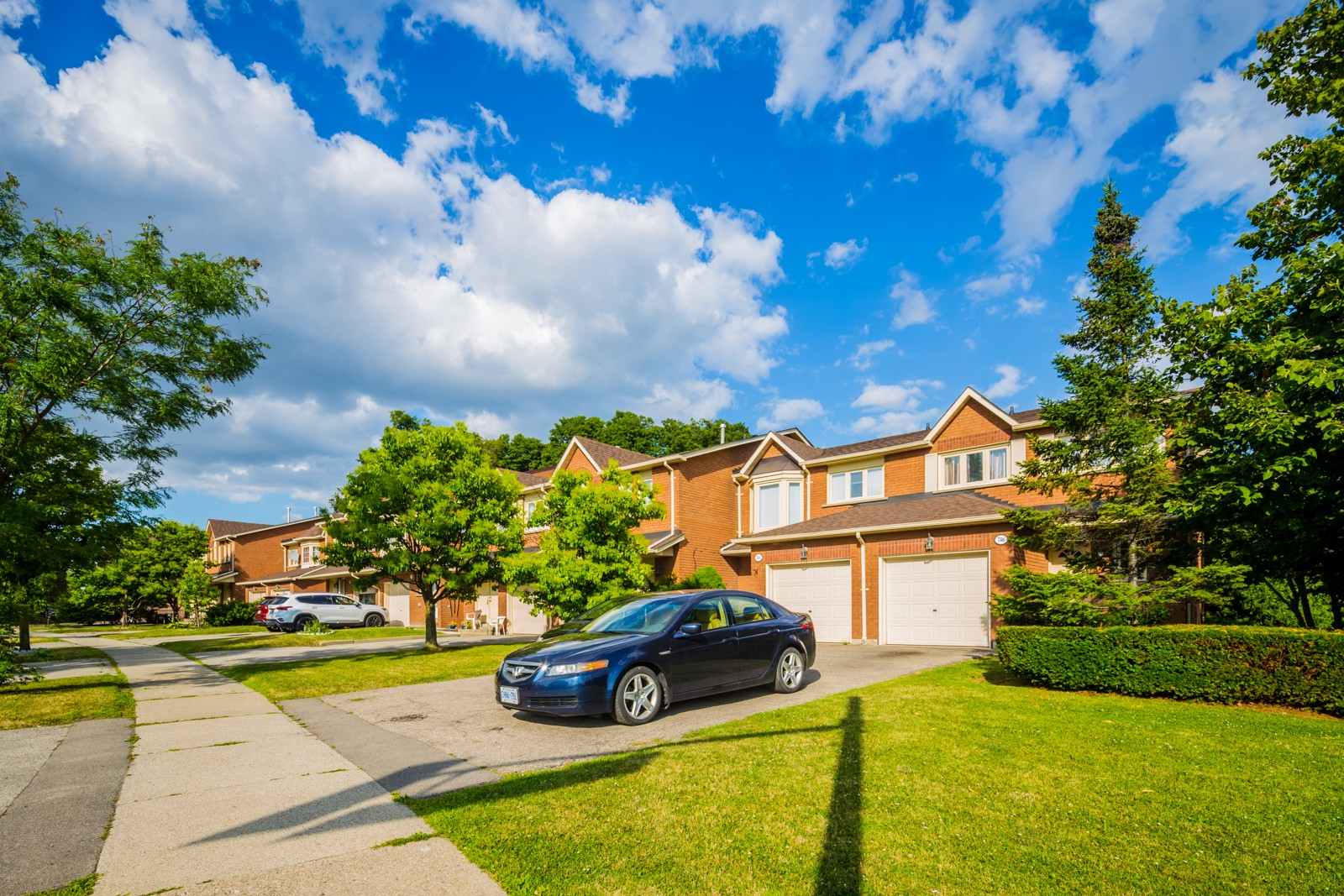 728 Winterton Way Townhouses at 800 Constellation Dr, Mississauga 1