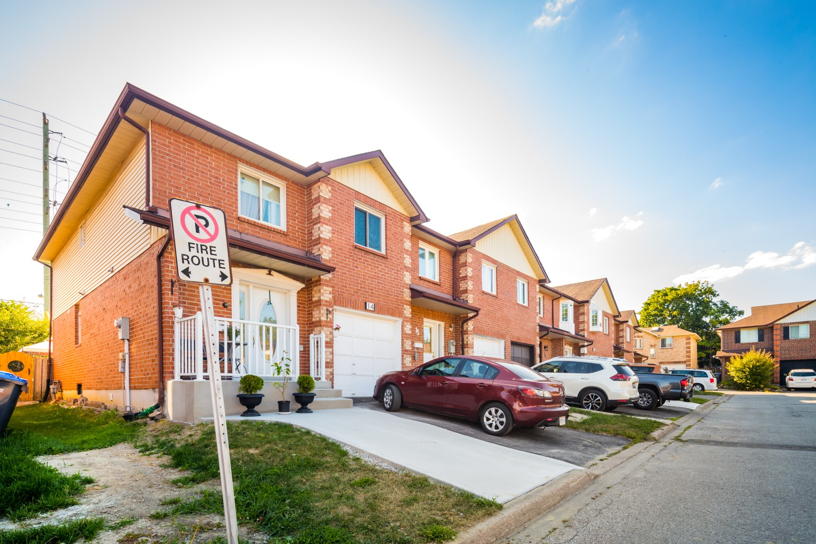 1 Hetherington Place Townhouses at 29 Hetherington Pl, Brampton 1