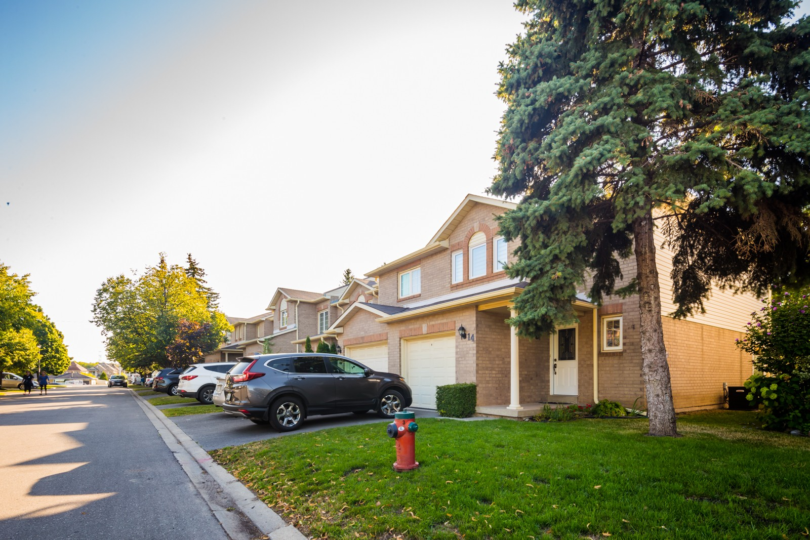 38 Chipstead Avenue Townhouses at 8 Chipstead Ave, Brampton 1