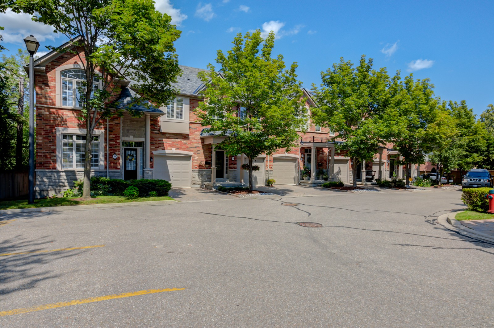 2355 Fifth Line West Townhouses at 2355 Fifth Line W, Mississauga 0