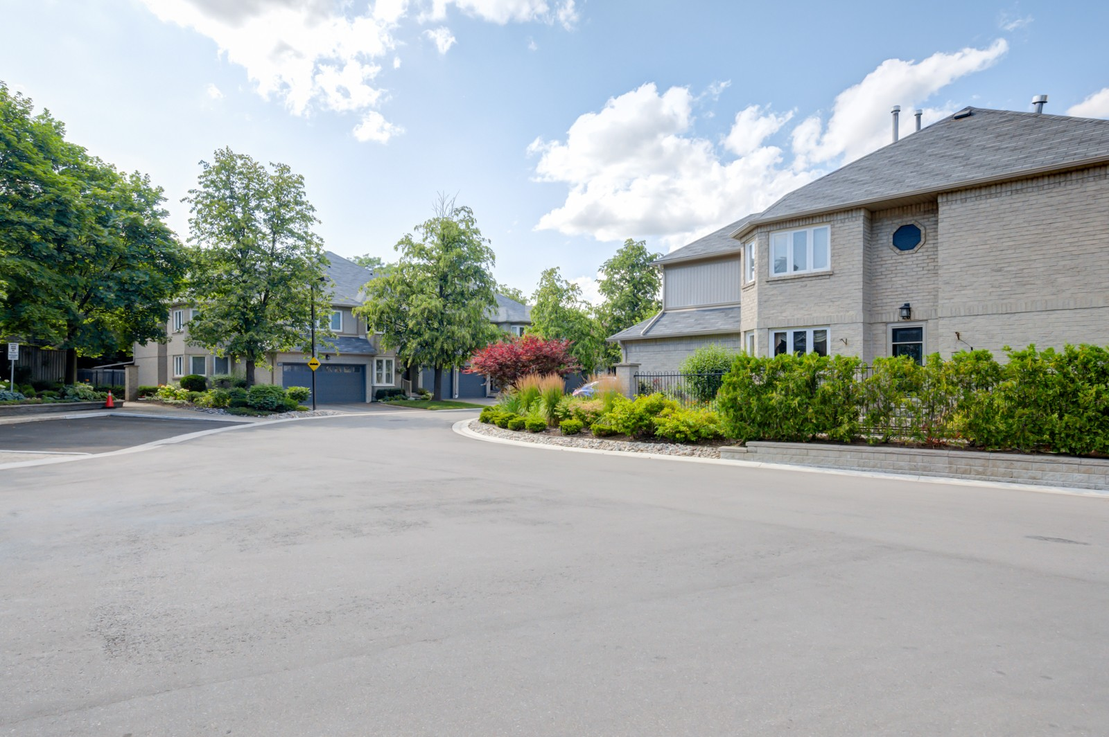 The Enclave at 3420 South Millway, Mississauga 0