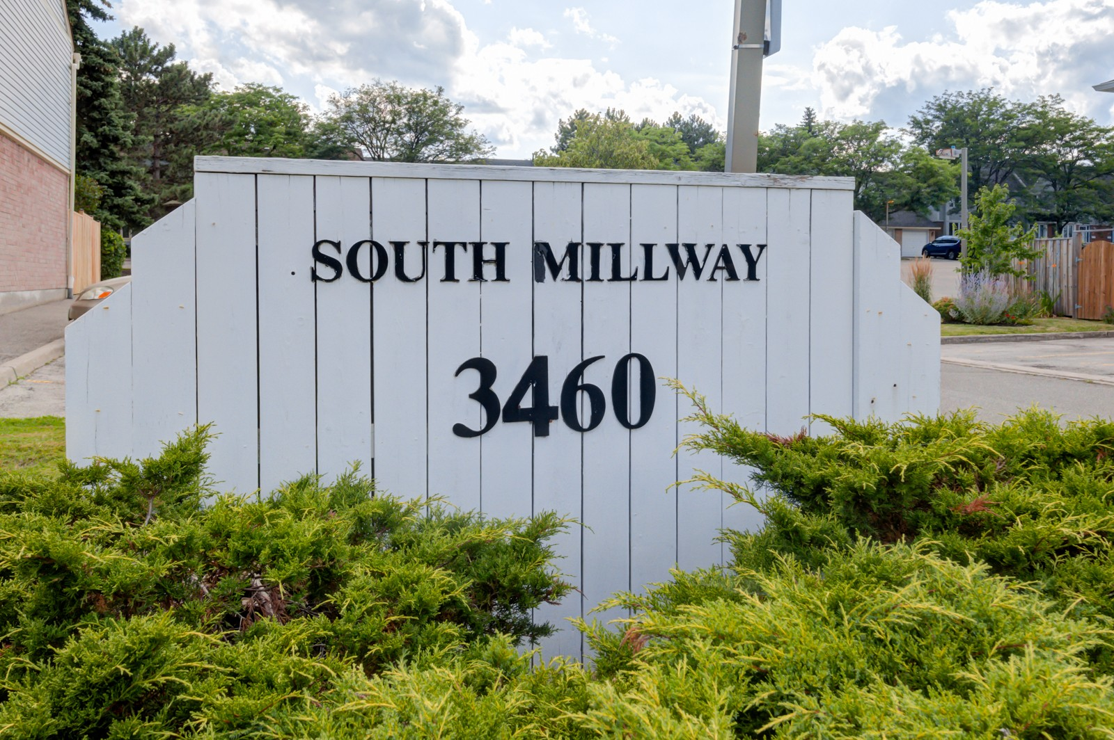 3460 South Millway Townhouses at 3460 South Millway, Mississauga 1