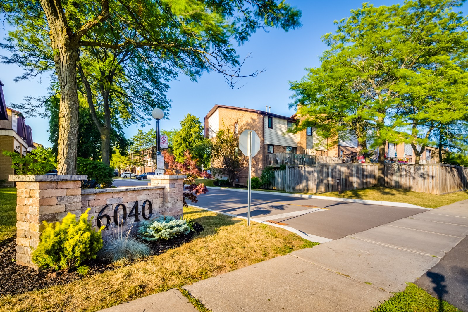 6040 Montevideo Road Townhouses at 6040 Montevideo Rd, Mississauga 0